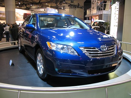 http://www.eco-friendly-emporium.com/image-files/camry_hybrid_blue_front_byyabin_on_flickr_101862752_b4f280ef62.jpg